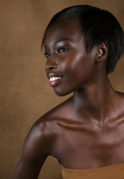 Vegan Cosmetic Brand Boasts Glowing Skin in 60 Seconds